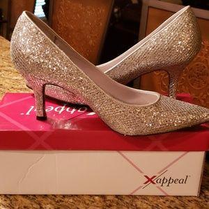 Like new silver sparkle heels